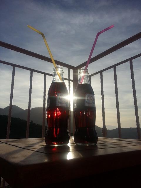 Kaloryczność poszczególnych rodzajów Coca-Coli
